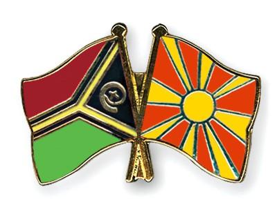 Crossed Flag Pins Vanuatu-Macedonia