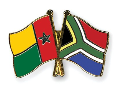 Crossed Flag Pins Guinea-Bissau-South-Africa