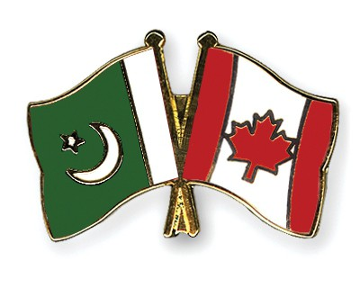 Crossed Flag Pins Pakistan-Canada