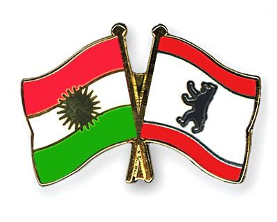 Crossed Flag Pins Kurdistan-Berlin