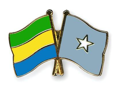 Crossed Flag Pins Gabon-Somalia