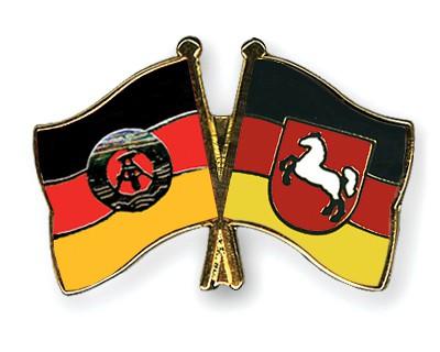 Crossed Flag Pins GDR-Lower-Saxony