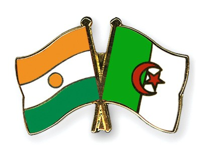 Crossed Flag Pins Niger-Algeria