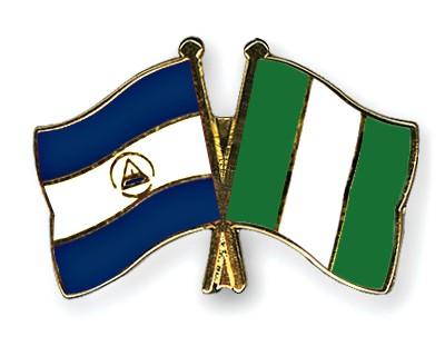 Crossed Flag Pins Nicaragua-Nigeria