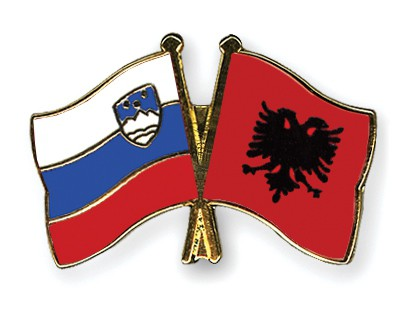 Crossed Flag Pins Slovenia-Albania