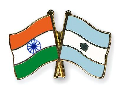 Crossed Flag Pins India-Argentina