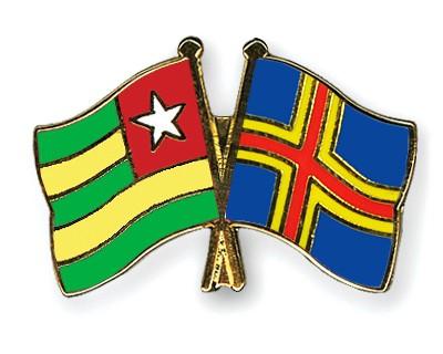Crossed Flag Pins Togo-Aland