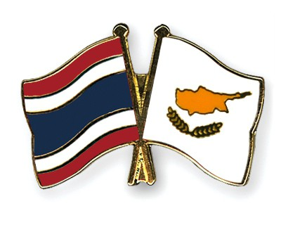 Crossed Flag Pins Thailand-Cyprus