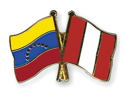 Crossed Flag Pins Venezuela-Peru