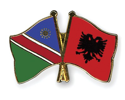 Crossed Flag Pins Namibia-Albania