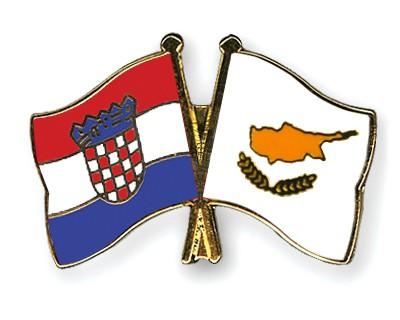 Crossed Flag Pins Croatia-Cyprus
