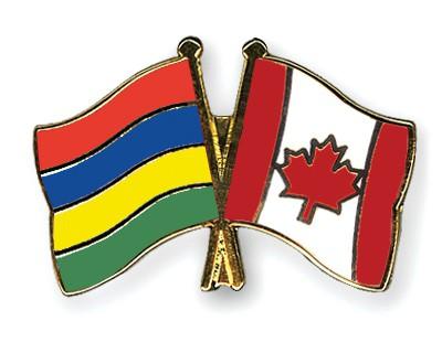 Crossed Flag Pins Mauritius-Canada