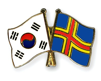 Crossed Flag Pins South-Korea-Aland