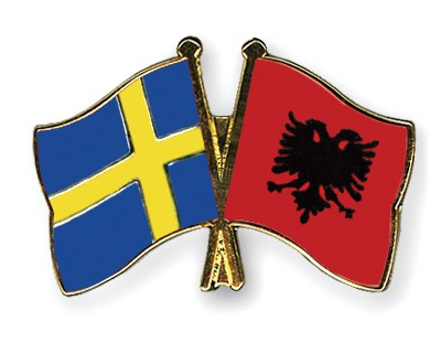 Crossed Flag Pins Sweden-Albania