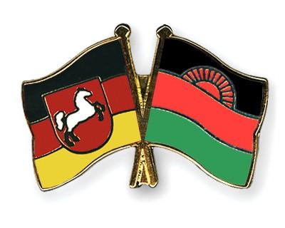 Crossed Flag Pins Lower-Saxony-Malawi