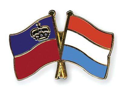 Crossed Flag Pins Liechtenstein-Luxembourg