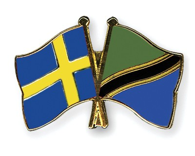 Crossed Flag Pins Sweden-Tanzania