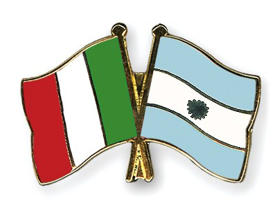 Crossed Flag Pins Italy-Argentina