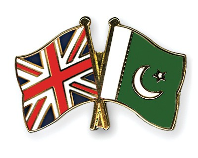 Crossed Flag Pins Great-Britain-Pakistan