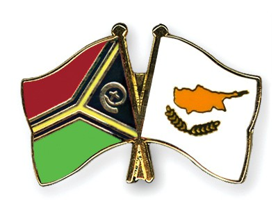 Crossed Flag Pins Vanuatu-Cyprus
