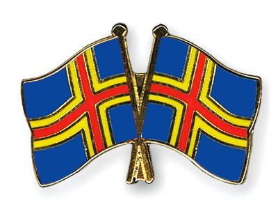Crossed Flag Pins Aland-Aland