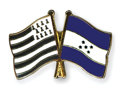 Crossed Flag Pins Britanny-Honduras