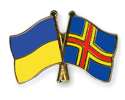 Crossed Flag Pins Ukraine-Aland