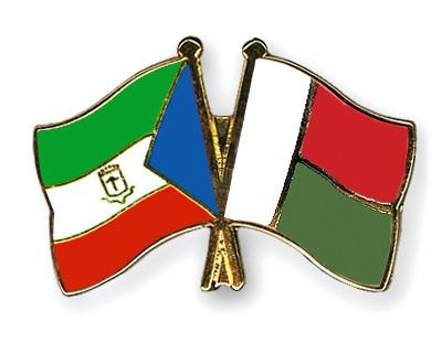 Crossed Flag Pins Equatorial-Guinea-Madagascar