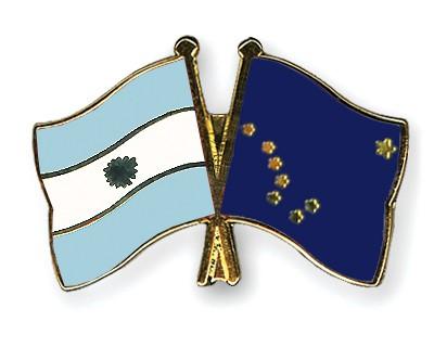 Crossed Flag Pins Argentina-Alaska