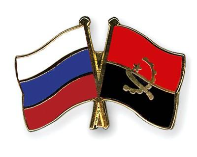 Crossed Flag Pins Russia-Angola