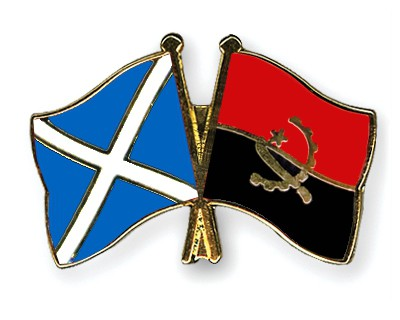 Crossed Flag Pins Scotland-Angola
