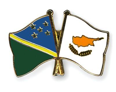 Crossed Flag Pins Solomon-Islands-Cyprus