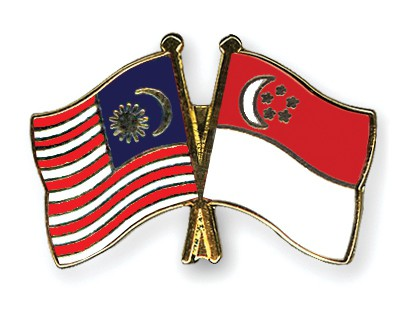 Crossed Flag Pins Malaysia-Singapore