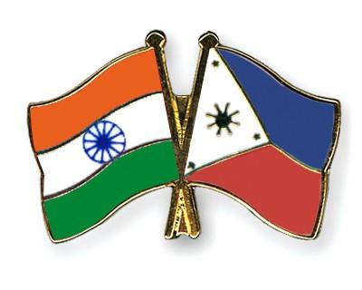 Crossed Flag Pins India-Philippines