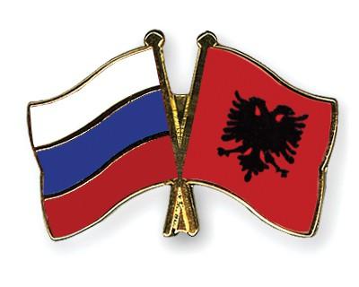 Crossed Flag Pins Russia-Albania