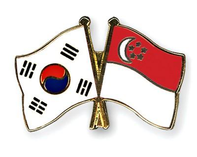 Crossed Flag Pins South-Korea-Singapore