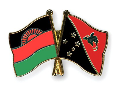 Crossed Flag Pins Malawi-Papua-New-Guinea
