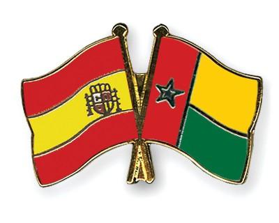 Crossed Flag Pins Spain-Guinea-Bissau