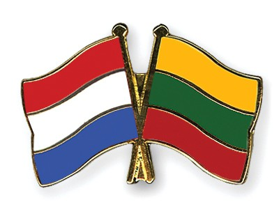 Crossed Flag Pins Netherlands-Lithuania