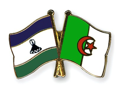 Crossed Flag Pins Lesotho-Algeria