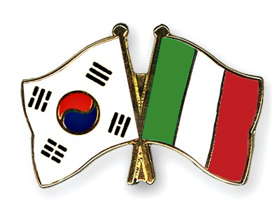 Crossed Flag Pins South-Korea-Italy