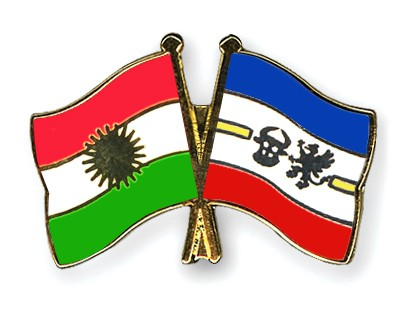 Crossed Flag Pins Kurdistan-Mecklenburg-Western-Pomerania