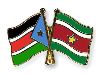 Crossed Flag Pins South-Sudan-Suriname