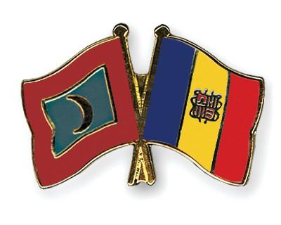 Crossed Flag Pins Maldives-Andorra
