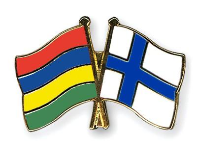 Crossed Flag Pins Mauritius-Finland
