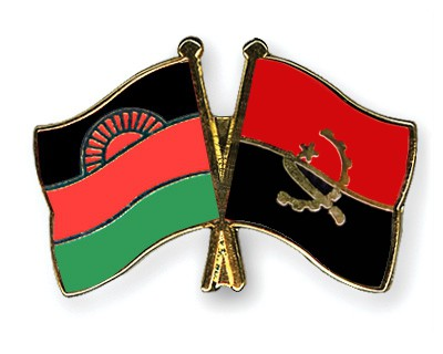 Crossed Flag Pins Malawi-Angola