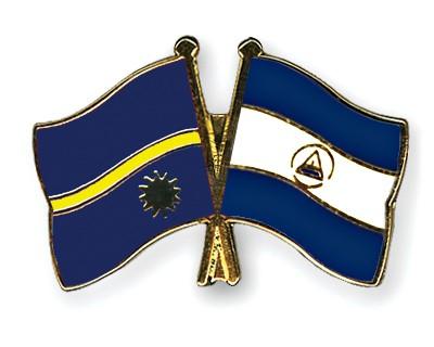 Crossed Flag Pins Nauru-Nicaragua
