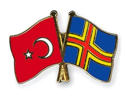Crossed Flag Pins Turkey-Aland