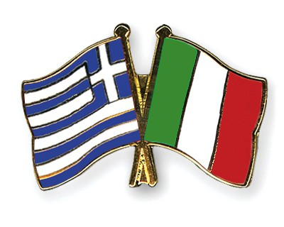 Special Offer Crossed Flag Pins Greece-Italy