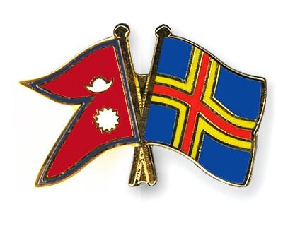 Crossed Flag Pins Nepal-Aland